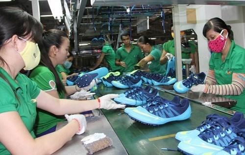 Crecen exportaciones de calzado de Vietnam a la Union Europea hinh anh 1