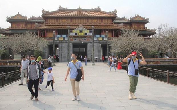Reliquias imperiales en Vietnam reabren sus puertas despues de cierre temporal hinh anh 1