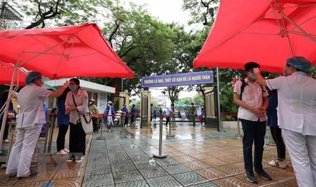 Finalizan 93 mil alumnos de Hanoi examen de ingreso en bachillerato hinh anh 1