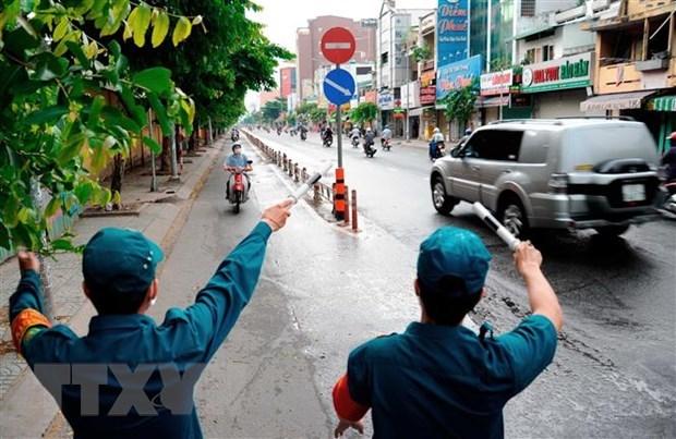 Mantiene Ciudad Ho Chi Minh distanciamiento social hasta finales de junio hinh anh 1