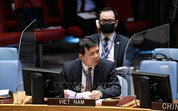 Vietnam apoya propuesta liderada por ONU hacia la paz en Yemen hinh anh 1