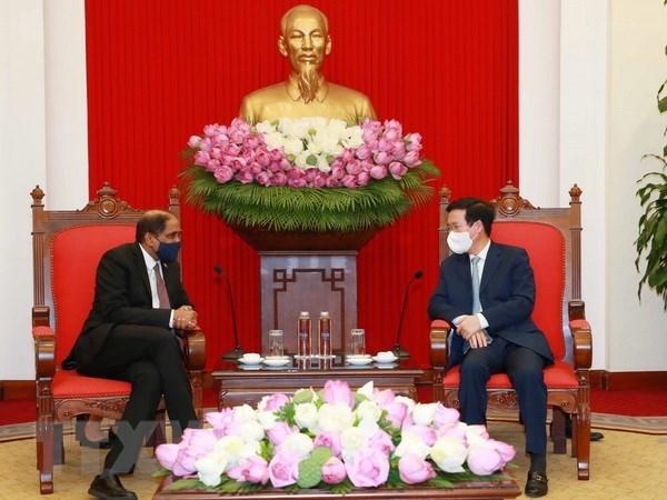Vietnam considera importante la cooperacion con Singapur hinh anh 1