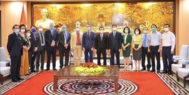 Propone UE construccion de universidad de estandar europeo en Hanoi hinh anh 2