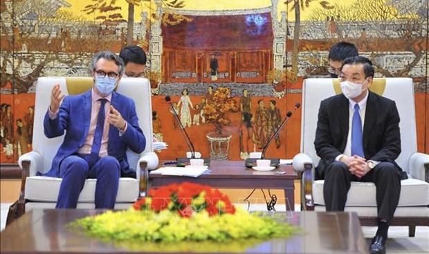 Propone UE construccion de universidad de estandar europeo en Hanoi hinh anh 1
