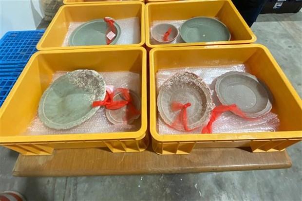 Naufragios centenarios llenos de ceramica encontrados en Singapur hinh anh 1
