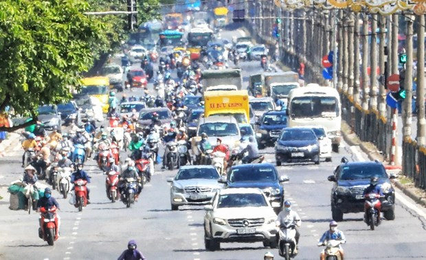 Alerta por calor intenso en regiones de Norte y Centro de Vietnam hinh anh 2