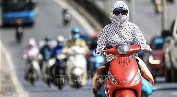 Alerta por calor intenso en regiones de Norte y Centro de Vietnam hinh anh 1