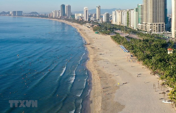 Da Nang suspende actividades en playas y restaurantes hinh anh 1