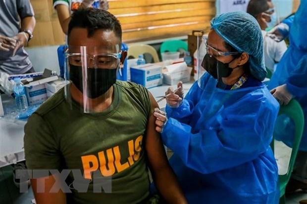 COVID-19: Filipinas advierte sobre pena de carcel a quienes rechacen vacunarse hinh anh 1