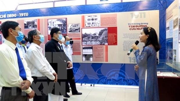 Celebran en Hue exposicion sobre el viaje de Ho Chi Minh para salvar a la Patria hinh anh 1