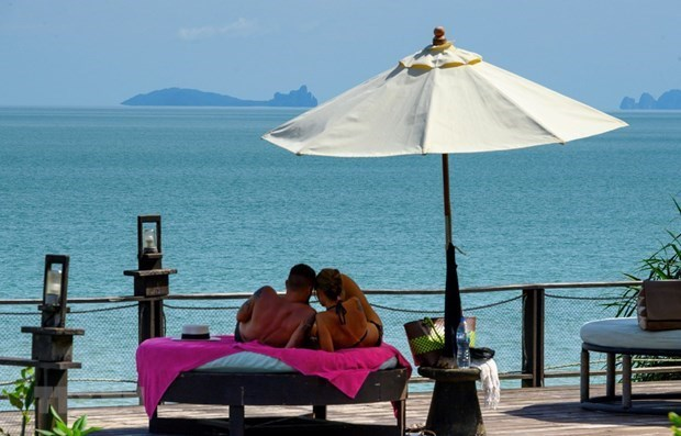 Tailandia aprueba la reapertura de Phuket para visitantes internacionales vacunados hinh anh 1
