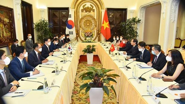 Vietnam y Corea del Sur aspiran a elevar comercio bilateral a 100 mil millones de dolares hinh anh 1