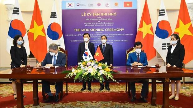 Vietnam y Corea del Sur aspiran a elevar comercio bilateral a 100 mil millones de dolares hinh anh 2