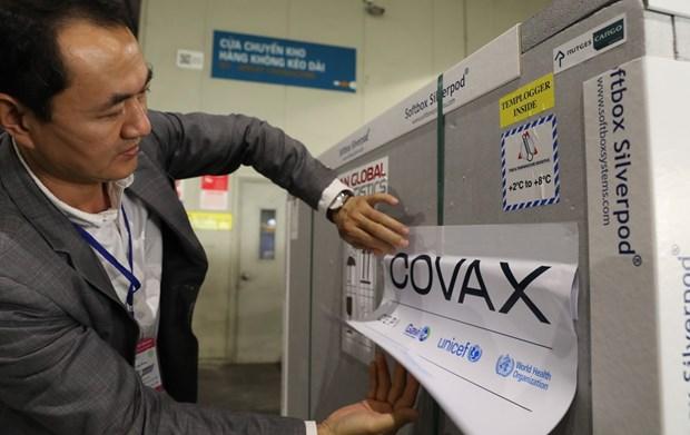 Vietnam anade mas de 500 mil dolares a favor del mecanismo COVAX hinh anh 1