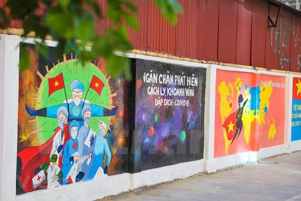 Lanzan en Hanoi proyecto de propaganda sobre lucha contra COVID-19 hinh anh 1