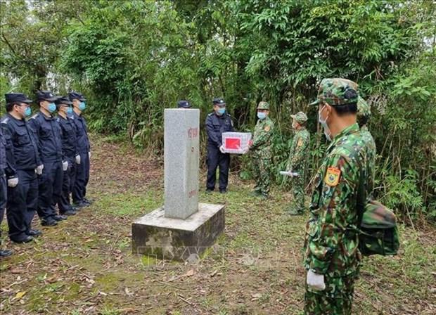 Realizan patrullaje conjunto en area contigua entre Vietnam y China hinh anh 1