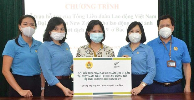 Embajada de Nueva Zelanda en Vietnam ofrece asistencia a trabajadoras vietnamitas hinh anh 1