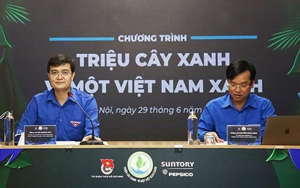 Jovenes se incorporan a esfuerzos por construir un Vietnam verde hinh anh 1