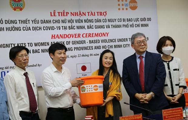 Llega asistencia de UNFPA a mujeres en zonas afectadas por COVID-19 en Vietnam hinh anh 1