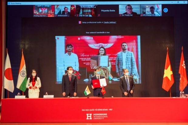 Universidad vietnamita colabora con empresa india en capacitacion medica hinh anh 1
