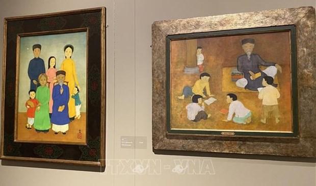 Inauguran exposicion del pintor vietnamita Mai Trung Thu en Francia hinh anh 1