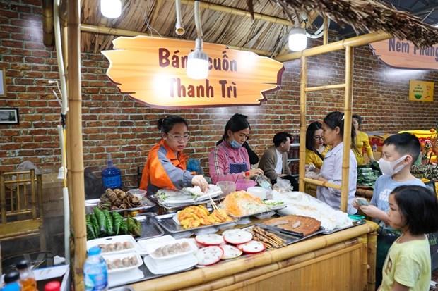 La gastronomia de Hanoi: de las aldeas a las calles hinh anh 1