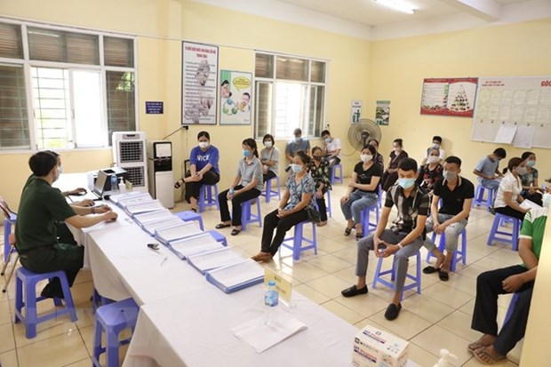 Administran primera dosis de vacuna vietnamita Nano Covax en su ultima fase de ensayo hinh anh 2
