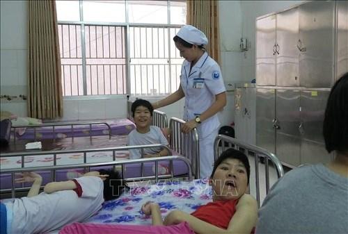 Continuan en Vietnam programa de apoyo a victimas de dioxina hinh anh 2