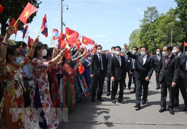 Laos y Vietnam disfrutan una amistad imperecedera, segun prensa laosiana hinh anh 1