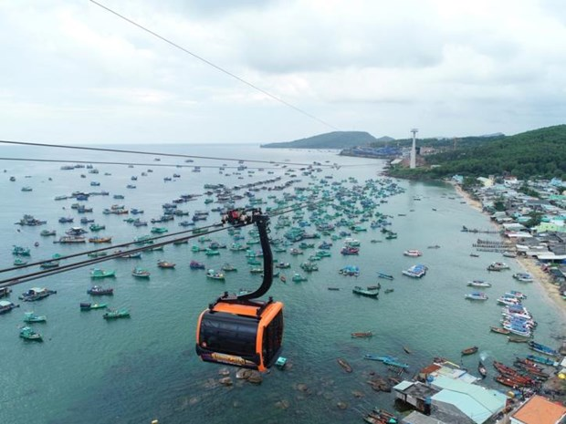 Isla vietnamita de Phu Quoc espera recibir pronto a turistas vacunados hinh anh 1