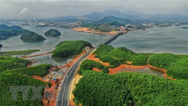 Provincia vietnamita de Quang Ninh por desarrollar turismo en medio de COVID-19 hinh anh 1