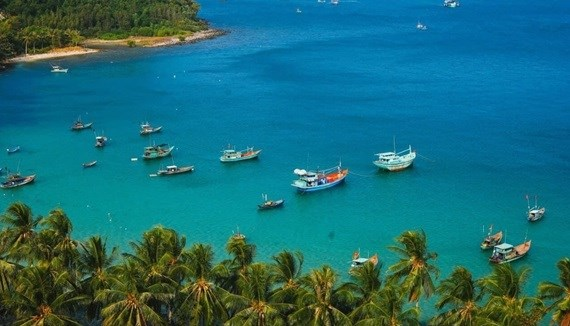 Aprueban apertura piloto de isla vietnamita de Phu Quoc a turistas extranjeros hinh anh 1