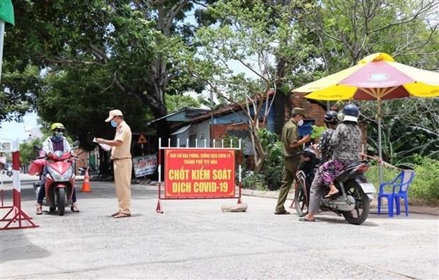 Piden centrar maximos esfuerzos para la lucha contra el COVID-19 en Vietnam hinh anh 2