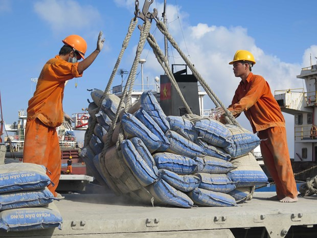 En alza exportaciones de cemento de Vietnam en primera mitad del ano hinh anh 1