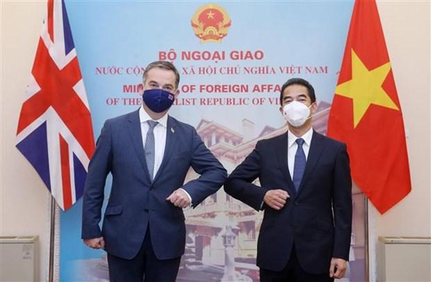 Vietnam y el Reino Unido por intensificar lazos en sectores clave hinh anh 1