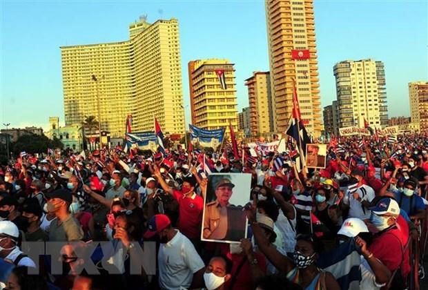 Organizaciones vietnamitas expresan solidaridad con el pueblo cubano hinh anh 1