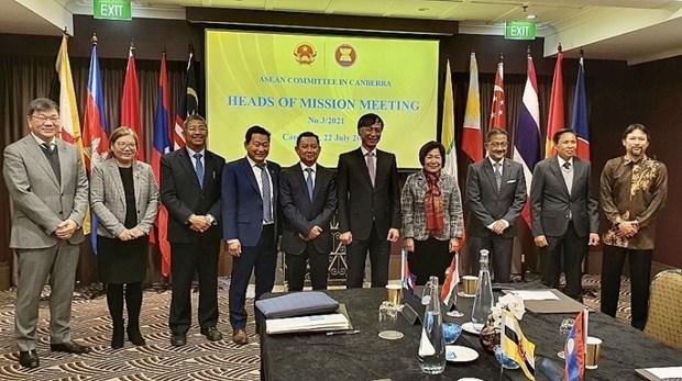 Embajador de Vietnam preside reunion de Comite de ASEAN en Australia hinh anh 1