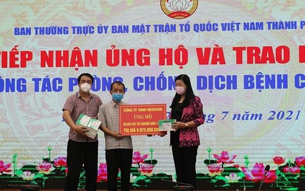 Recibe Hanoi miles de kits de prueba rapida de deteccion de COVID-19 hinh anh 1