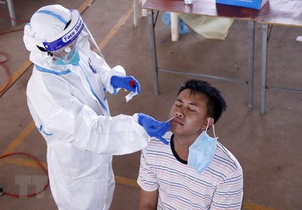Refuerzan provincias de Laos capacidad de tratamiento de pacientes de COVID-19 hinh anh 1