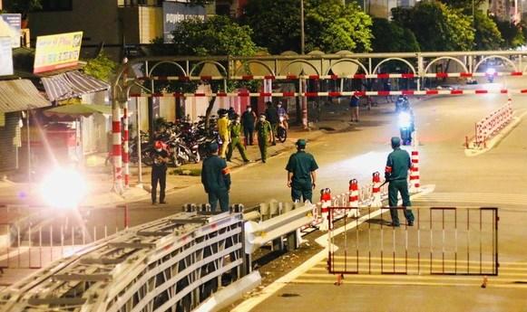 Ciudad Ho Chi Minh restringe circulacion de personas a partir de las 18:00 horas hinh anh 1