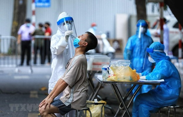 Vietnam registra mas de tres mil 300 nuevos casos de COVID-19 hinh anh 1