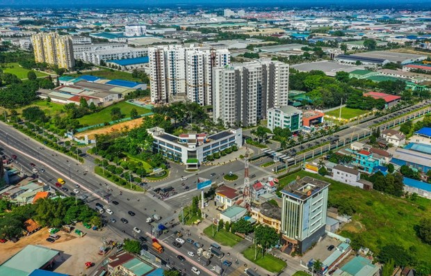 Aumentan inversiones vietnamitas en el extranjero hasta julio hinh anh 1