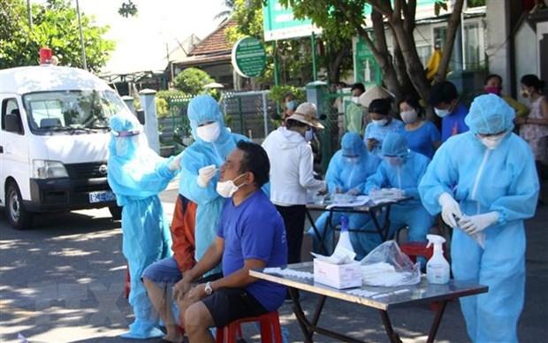 Vietnam registra tres mil 657 casos del COVID-19 hinh anh 1