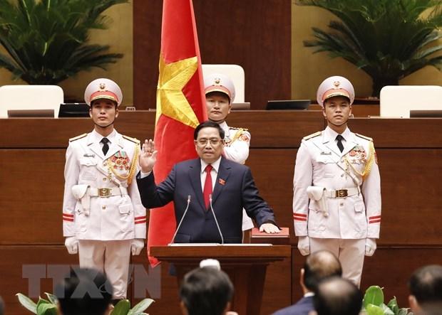Premier de Camboya felicita al jefe de Gobierno vietnamita hinh anh 1