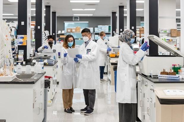 Vingroup obtiene exclusividad para producir vacuna de ARNm contra COVID-19 en Vietnam hinh anh 1
