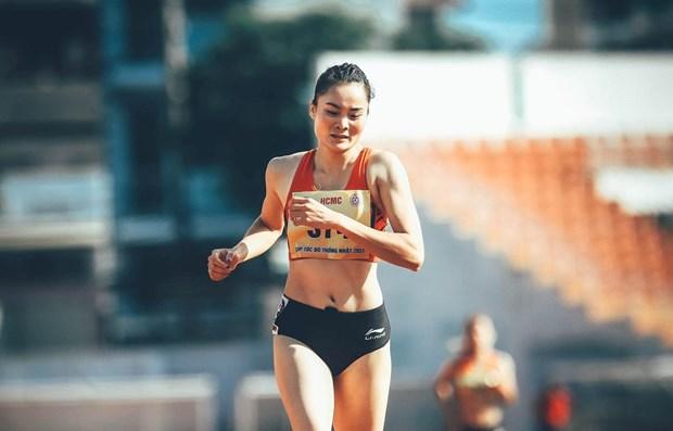 Corredora vietnamita competira en semifinal femenina de 400 metros vallas hinh anh 1
