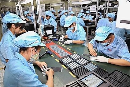 Considera Vietnam reducir impuestos sobre renta de empresas en 2021 hinh anh 1