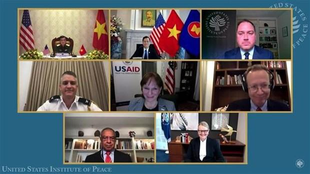 Instituto estadounidense organiza seminario digital sobre secuelas de guerra en Vietnam hinh anh 1