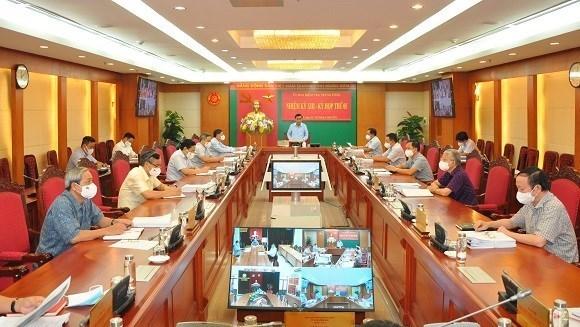 Comision del PCV anuncia medidas disciplinarias contra funcionarios de Hanoi hinh anh 1