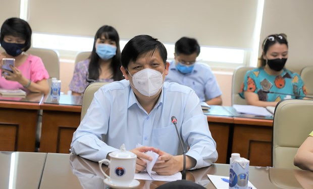Patentiza OMS disposicion de acompanar a Vietnam en combate contra COVID-19 hinh anh 2